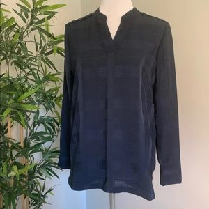 Banana republic long sleeve blue blouse